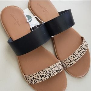 Universal Thread Two Band Slide Sandals